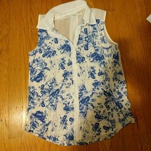 Urban Outfitters Sleeveless Top (XS)